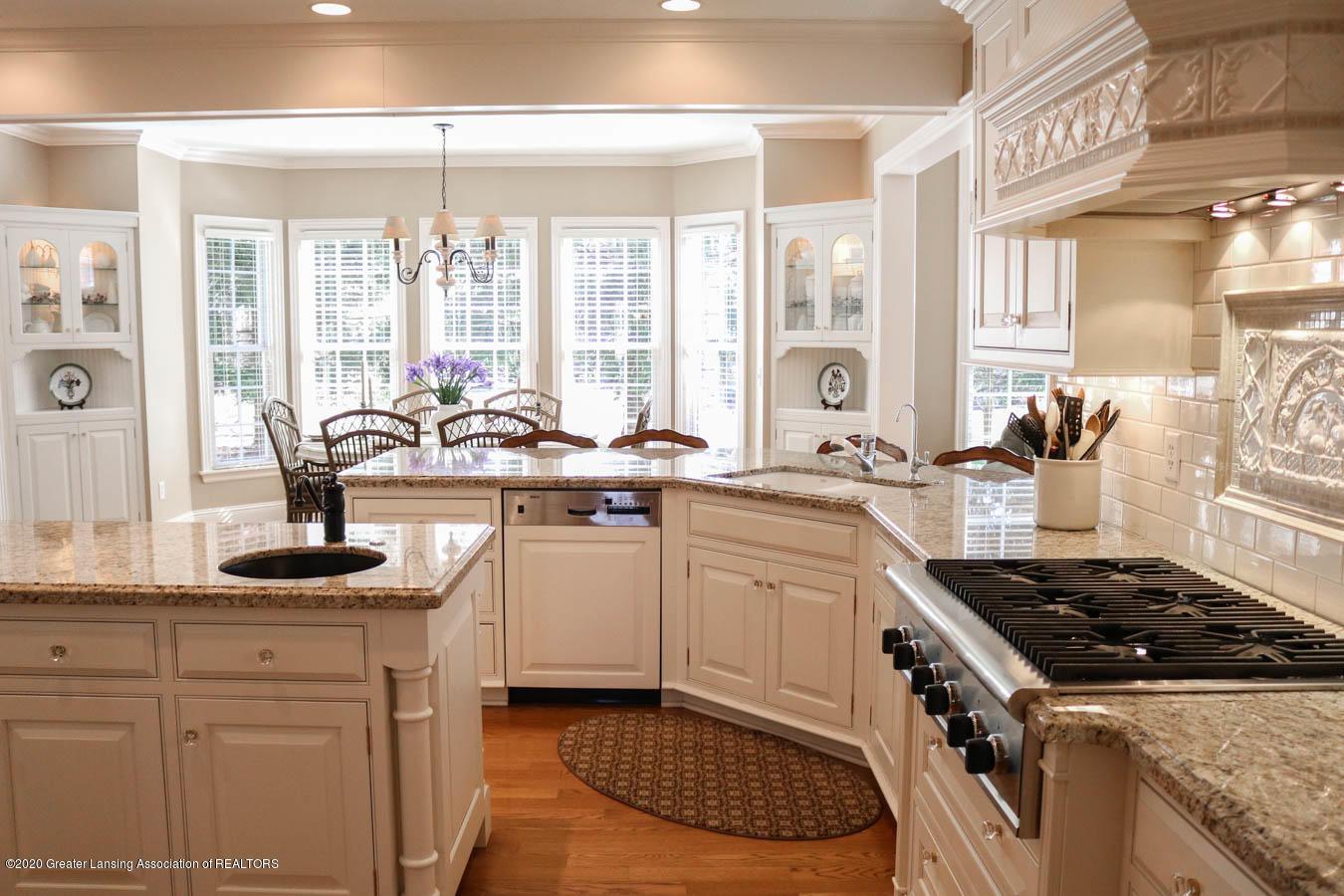 6090 Standish Ct - Kitchen - 21