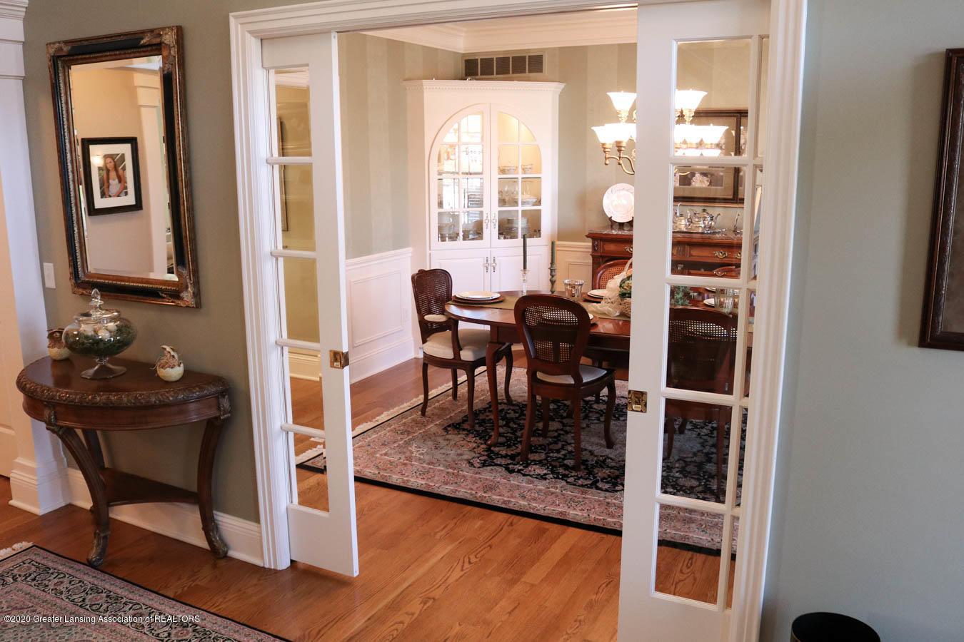 6090 Standish Ct - Formal Dining Room - 36