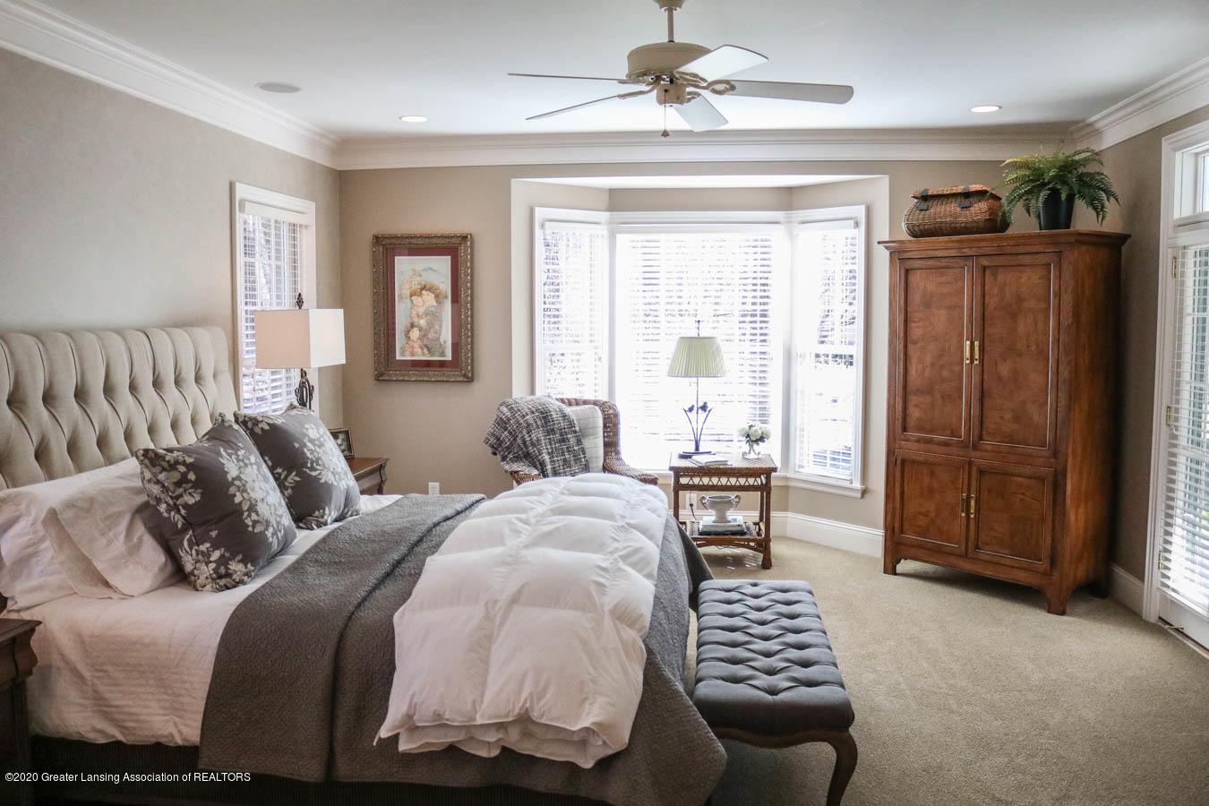 6090 Standish Ct - Master Bedroom - 42
