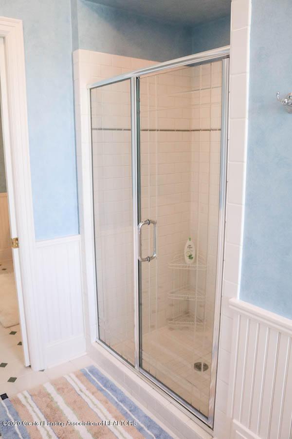 6090 Standish Ct - 2nd Master Bath - 58