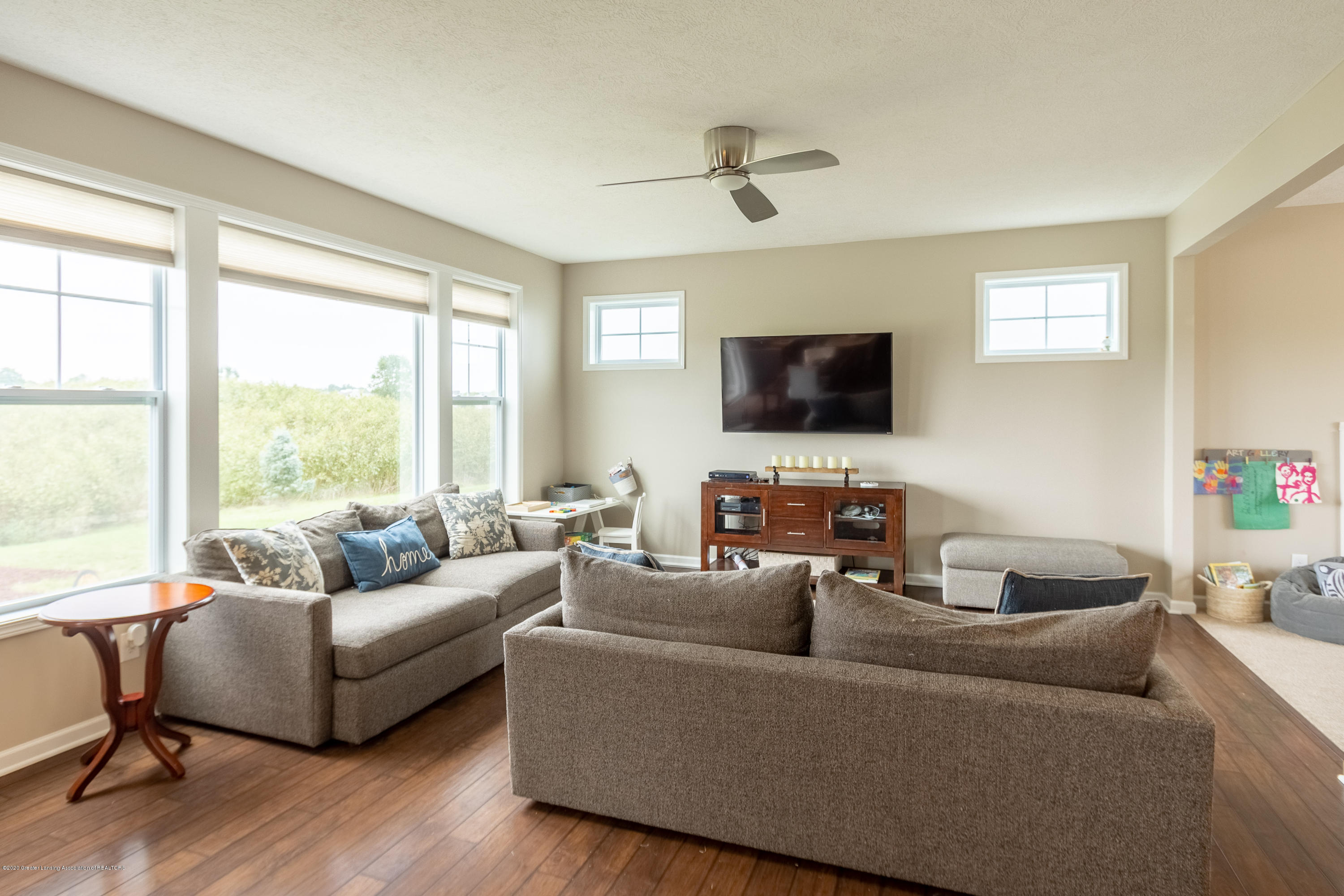 3758 Shearwater Ln - Family Room - 11