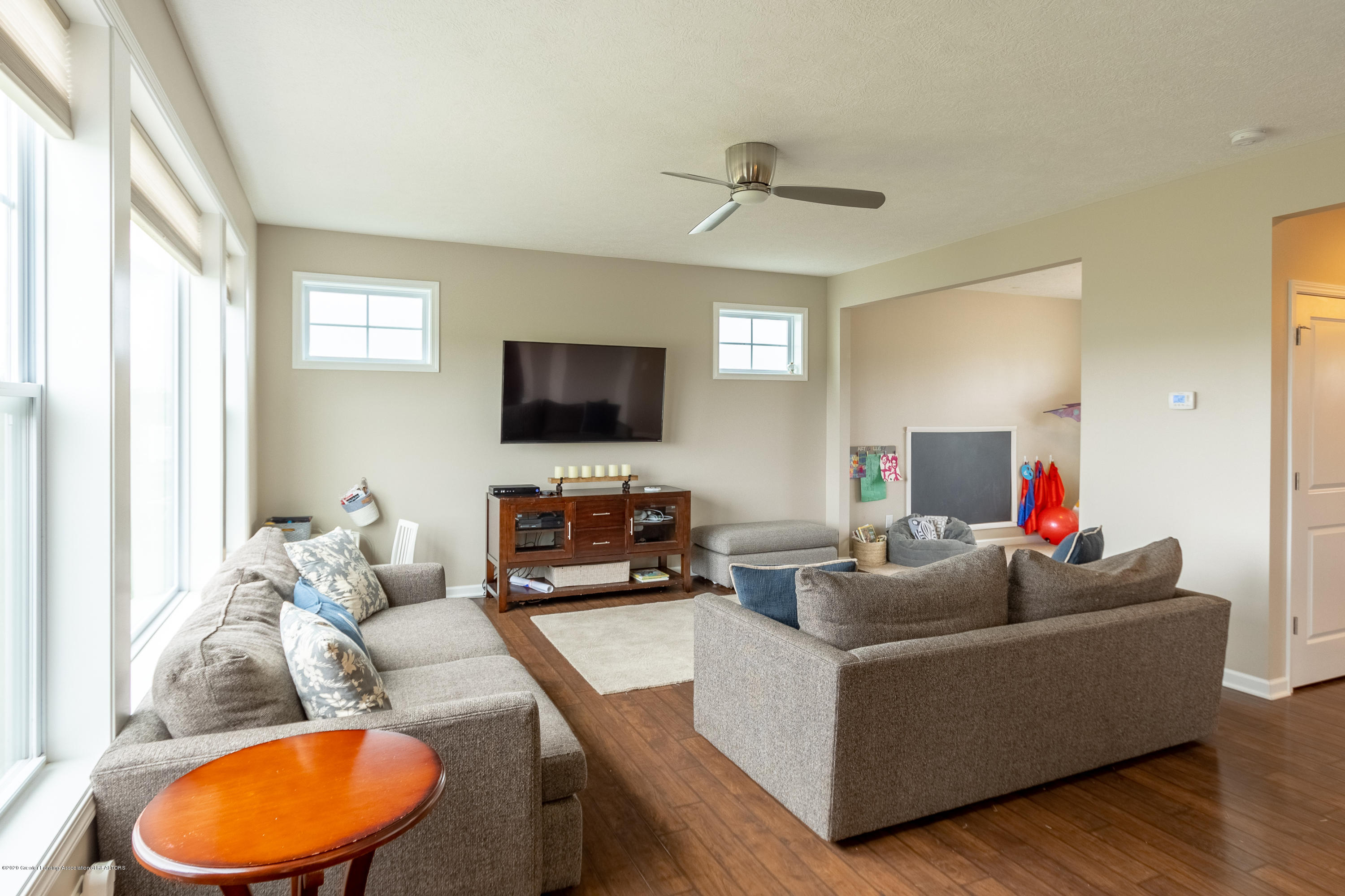 3758 Shearwater Ln - Family Room - 12