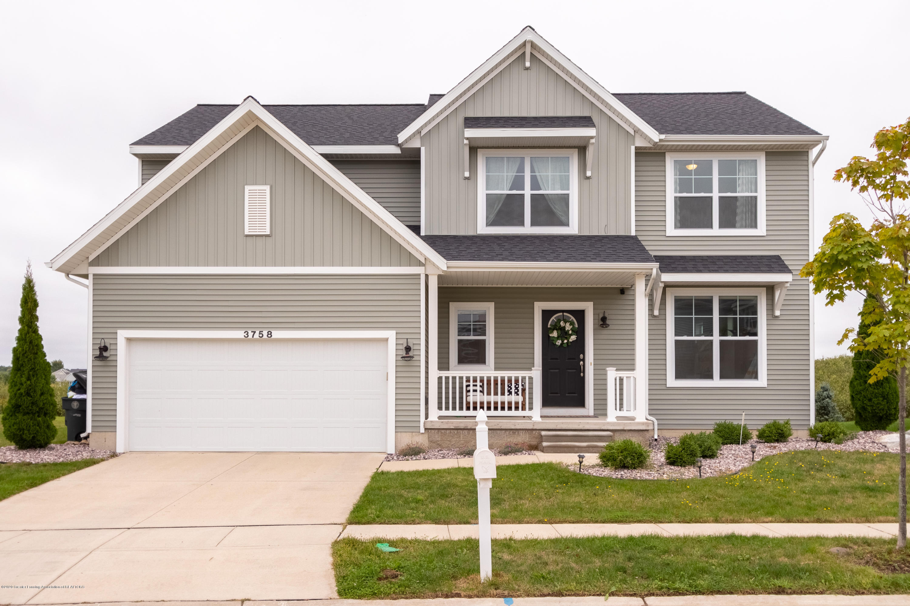 3758 Shearwater Ln - Front - 1