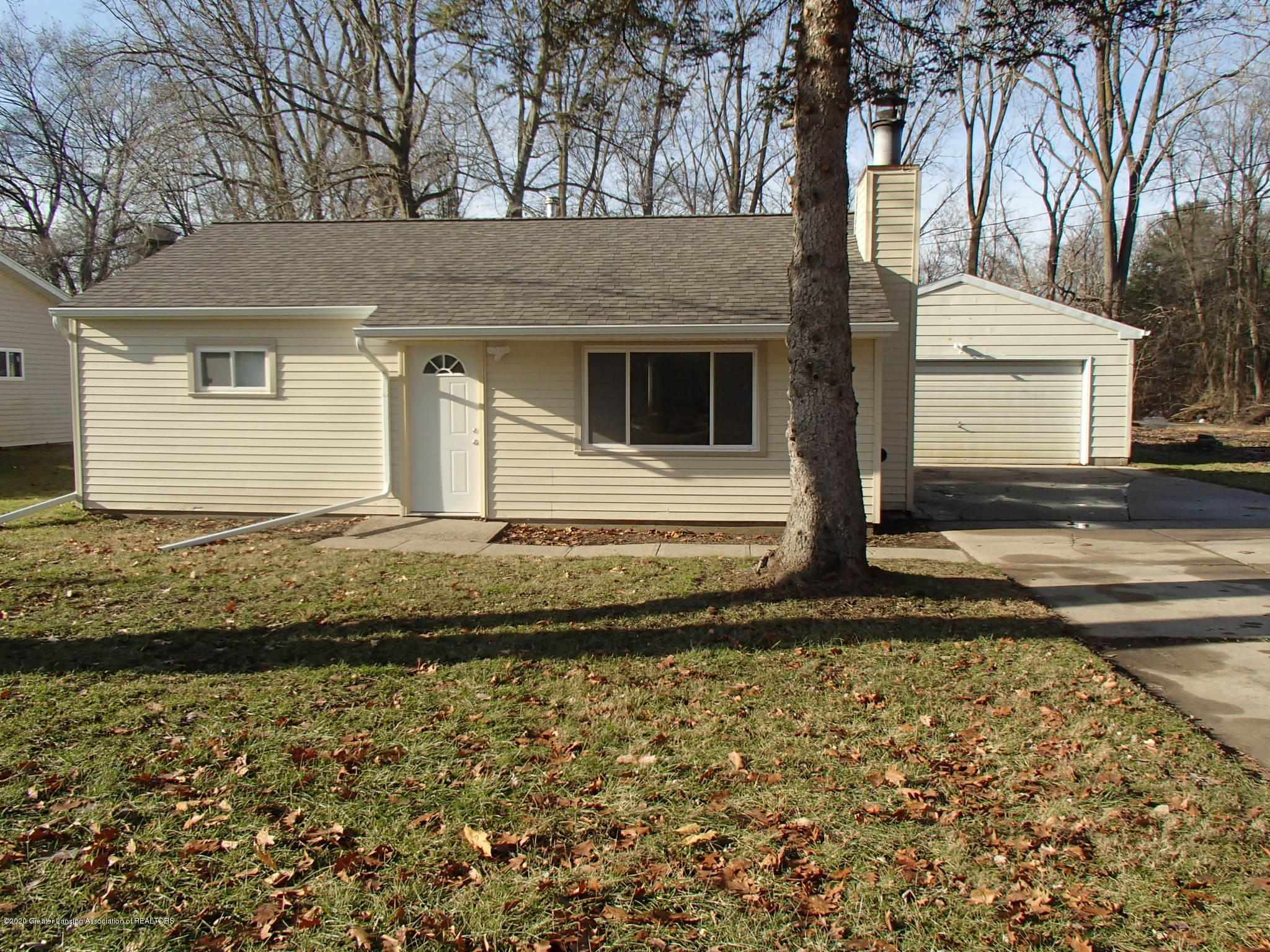 6216 Hilliard Rd - Front Exterior - 1