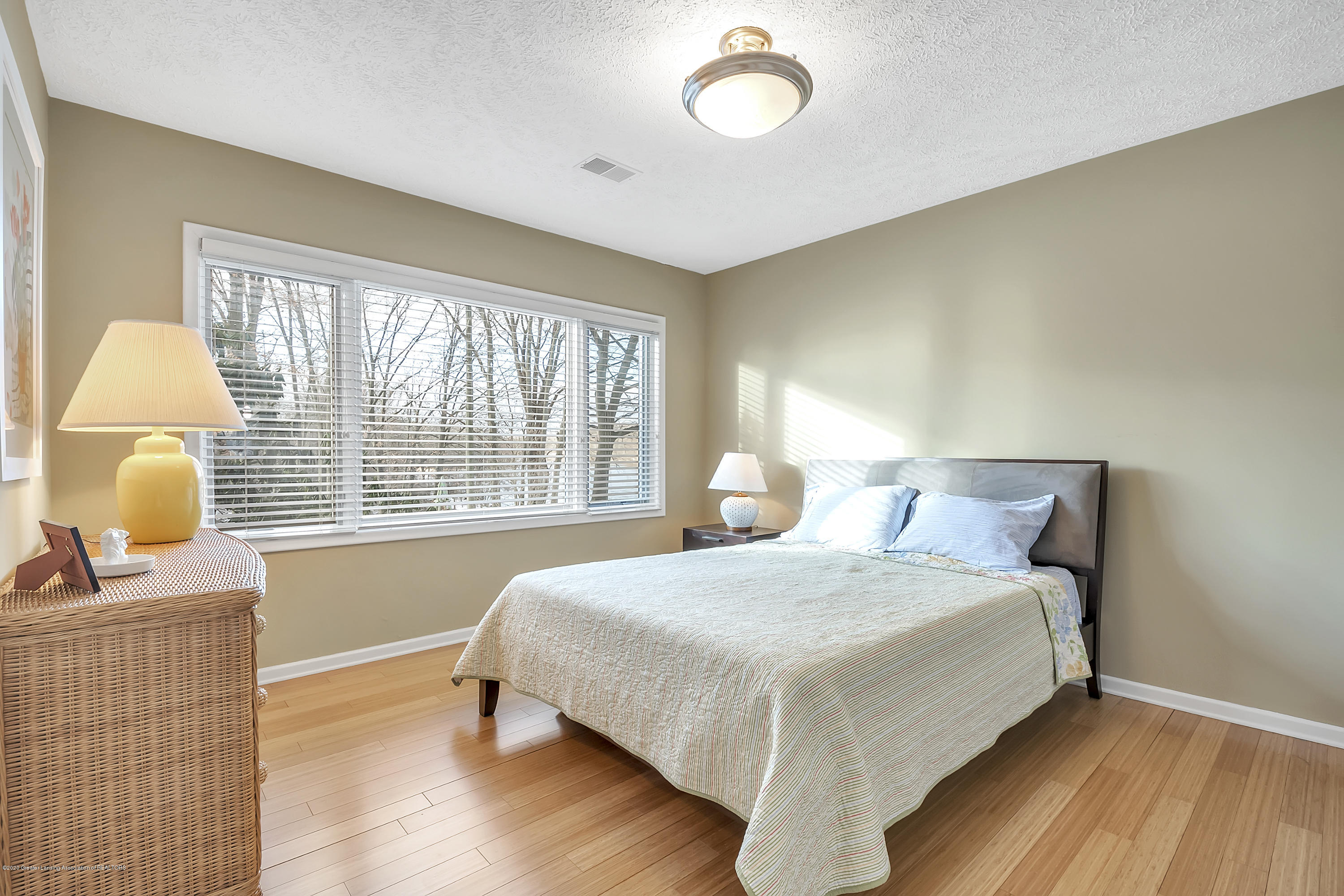 4300 Pine Tree Ln - Bedroom 3 - 55