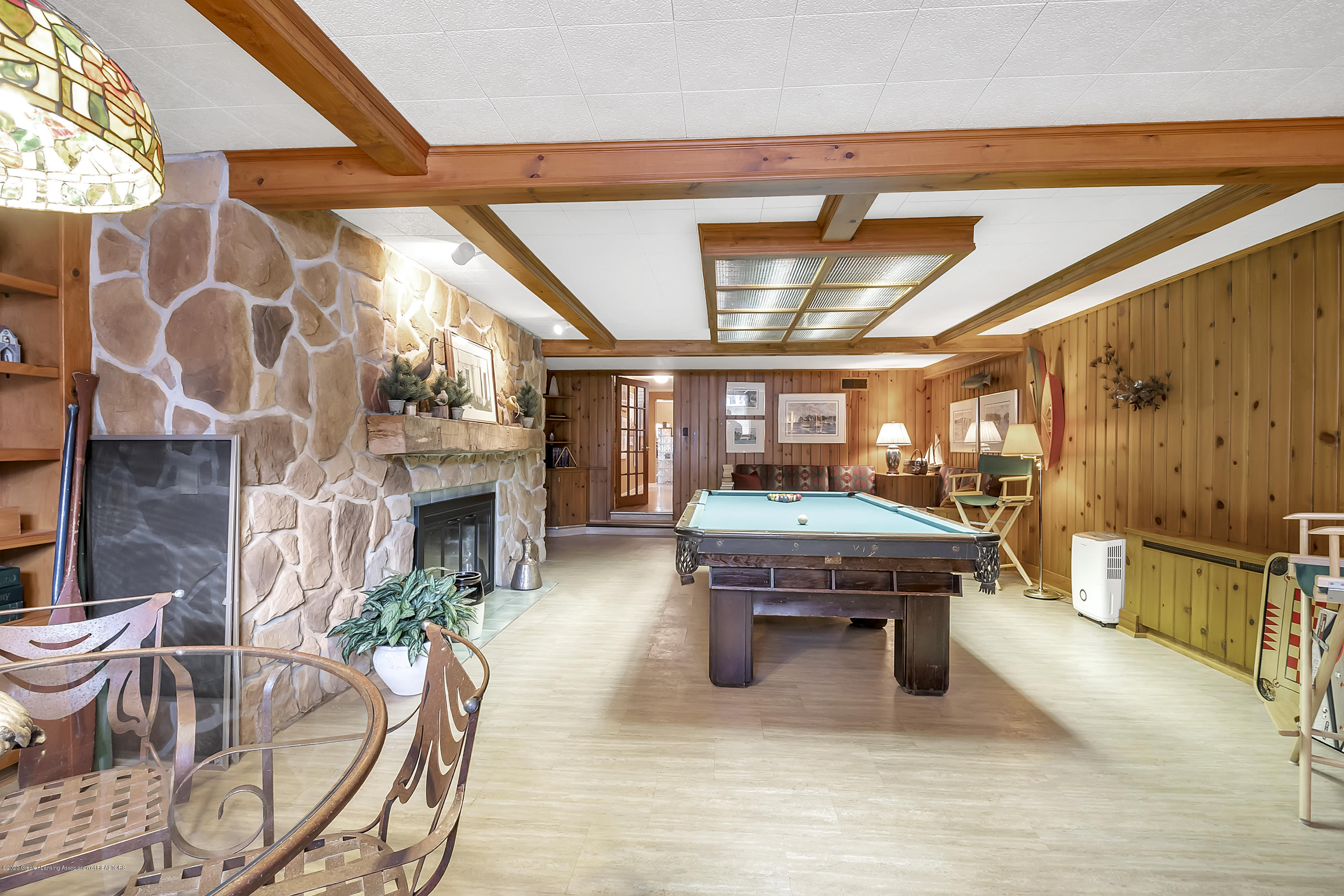 4300 Pine Tree Ln - Recreation Room - 73