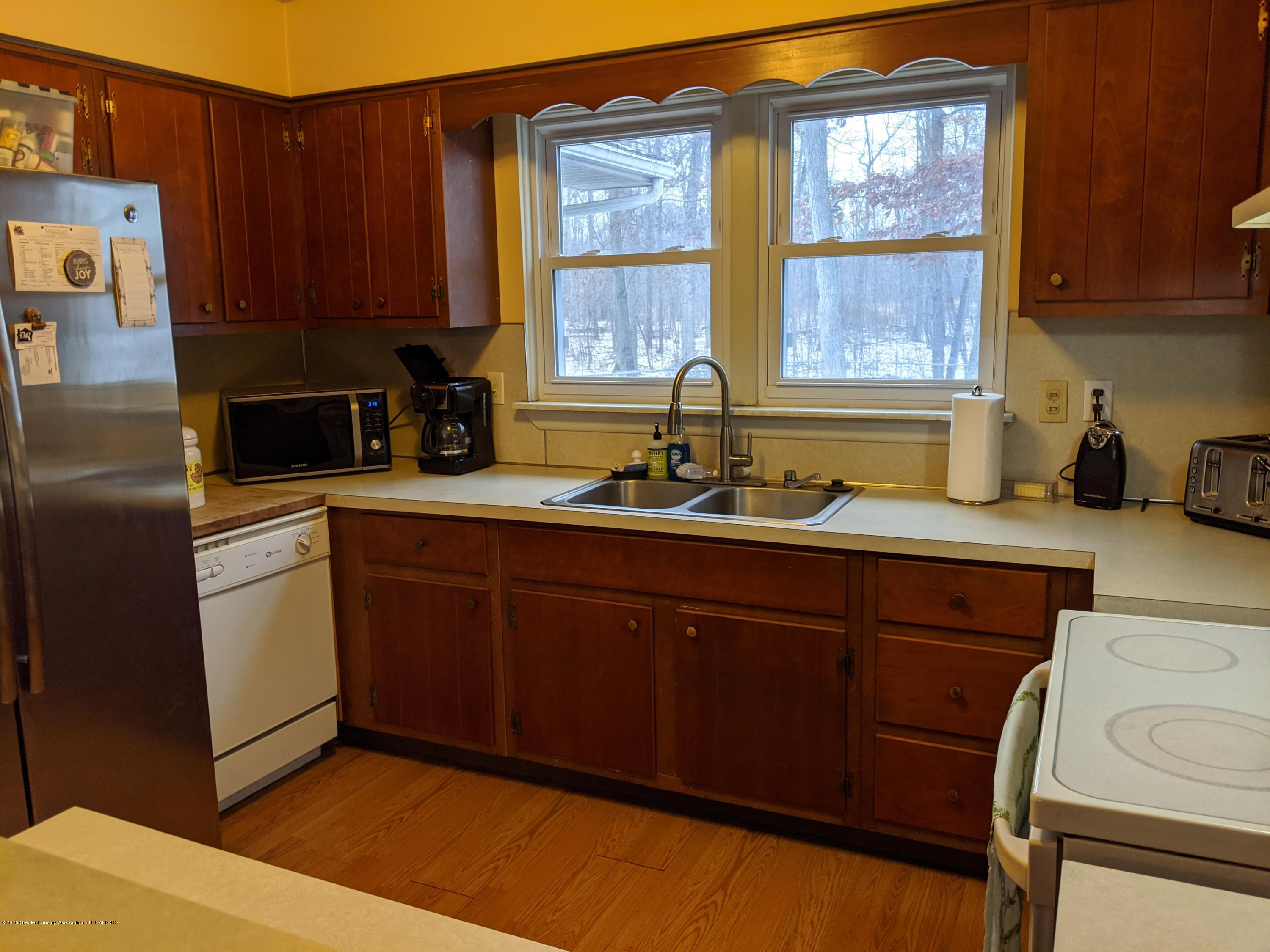 9819 Shaftsburg Rd - 9819 Kitchen 2 - 6