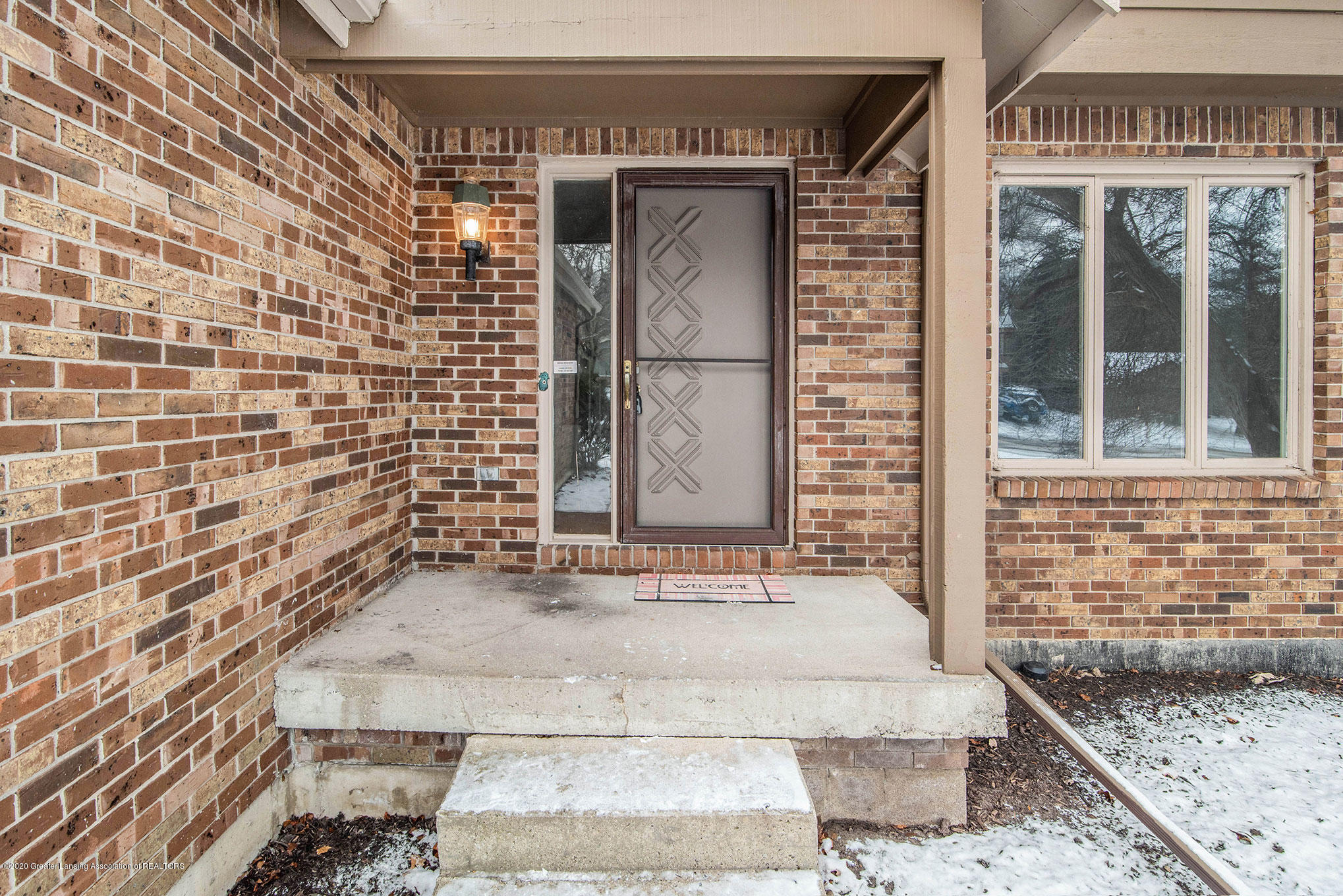 2592 Woodhill Dr - Welcome to 2592 Woodhill Dr - 2