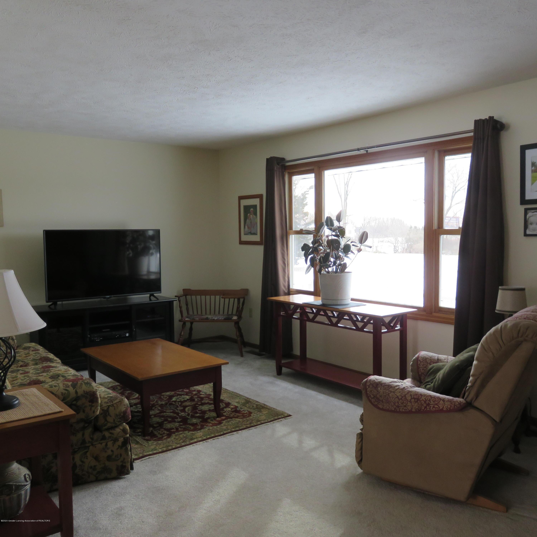 6215 E Clinton Trail - 4 Living Room - 4
