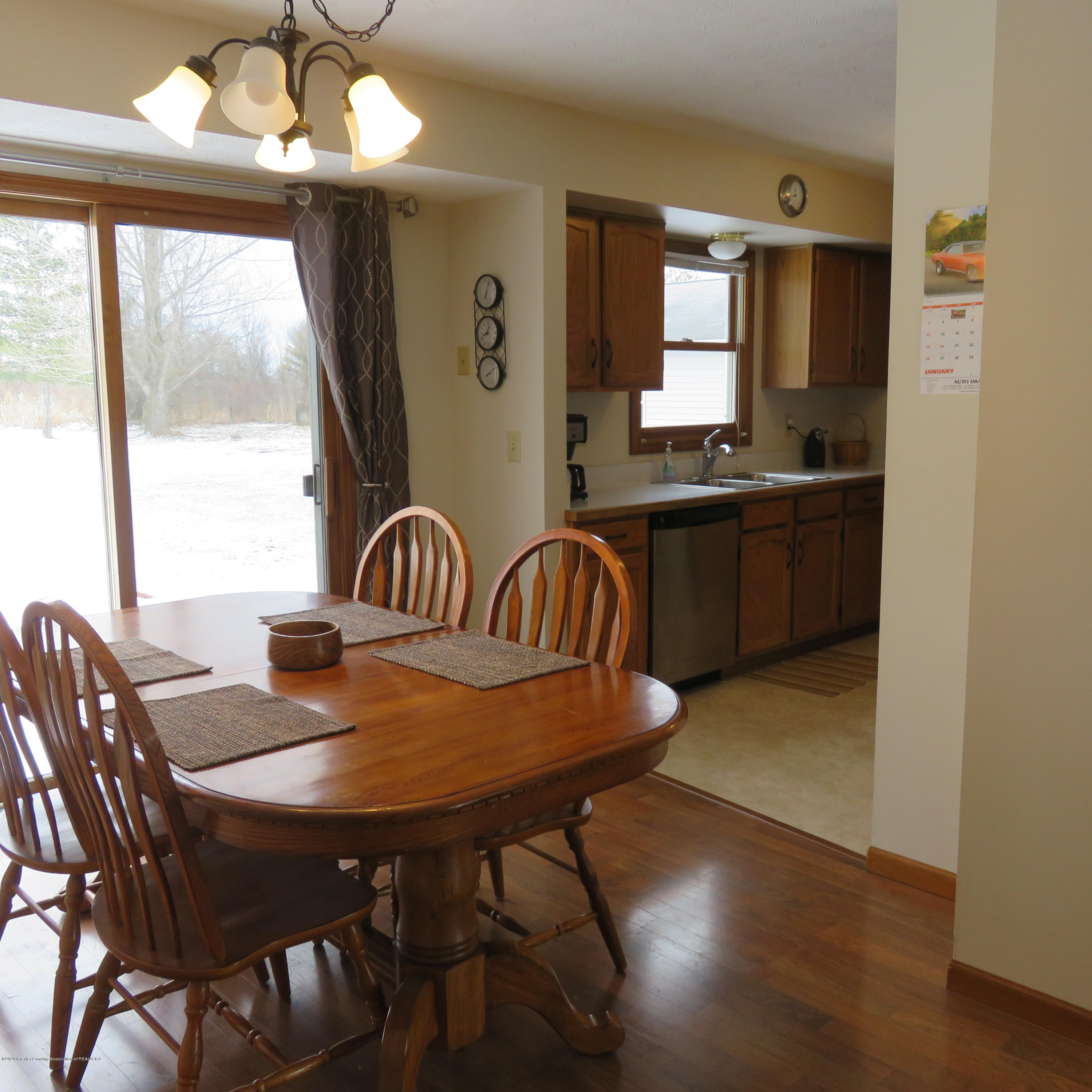 6215 E Clinton Trail - 9 Dining to Kitchen - 9