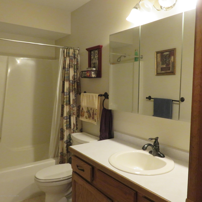 6215 E Clinton Trail - 23 Main Bath - 23