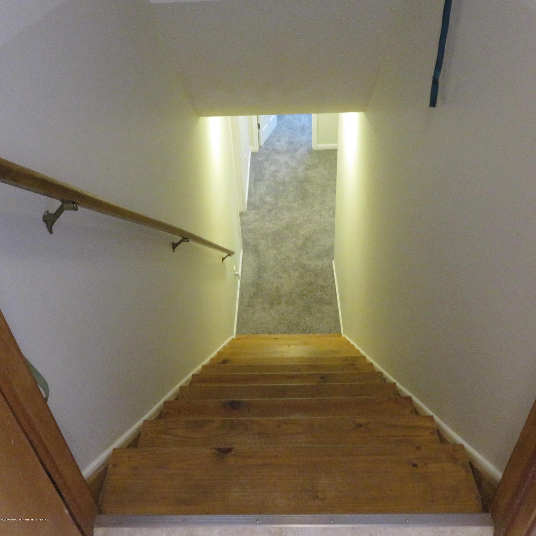 6215 E Clinton Trail - 24 Stairs to LL - 24