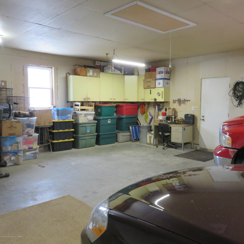 6215 E Clinton Trail - 34 Garage Interior - 34