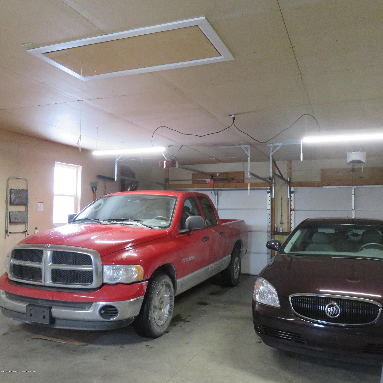6215 E Clinton Trail - 35 Garage - 35