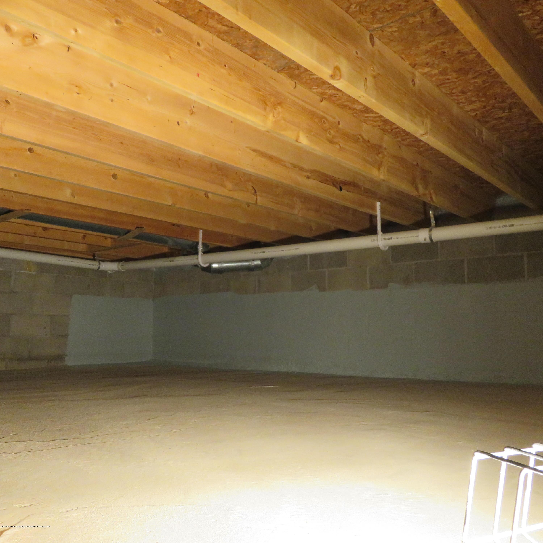 6215 E Clinton Trail - 36 Storage in Crawl - 36