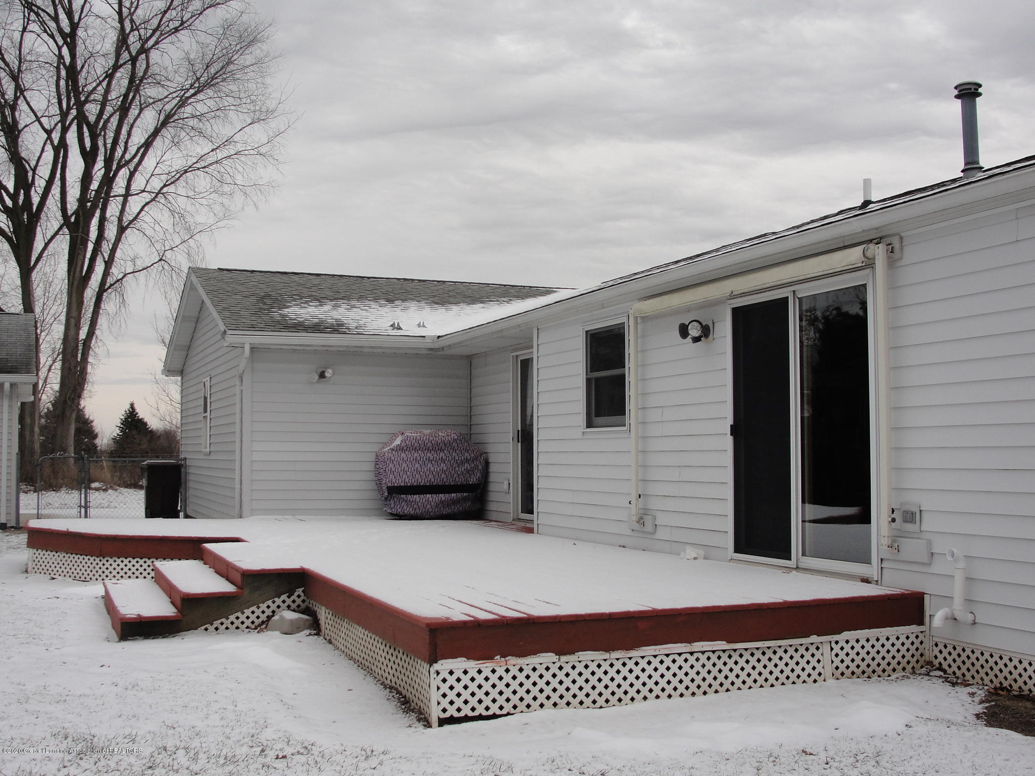 6215 E Clinton Trail - 39 Patio with SunSetter Awning - 39