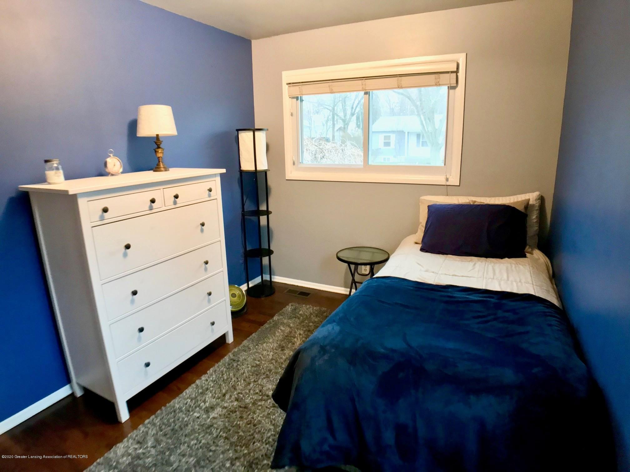 1017 Delridge Rd - 2nd bedroom - 21