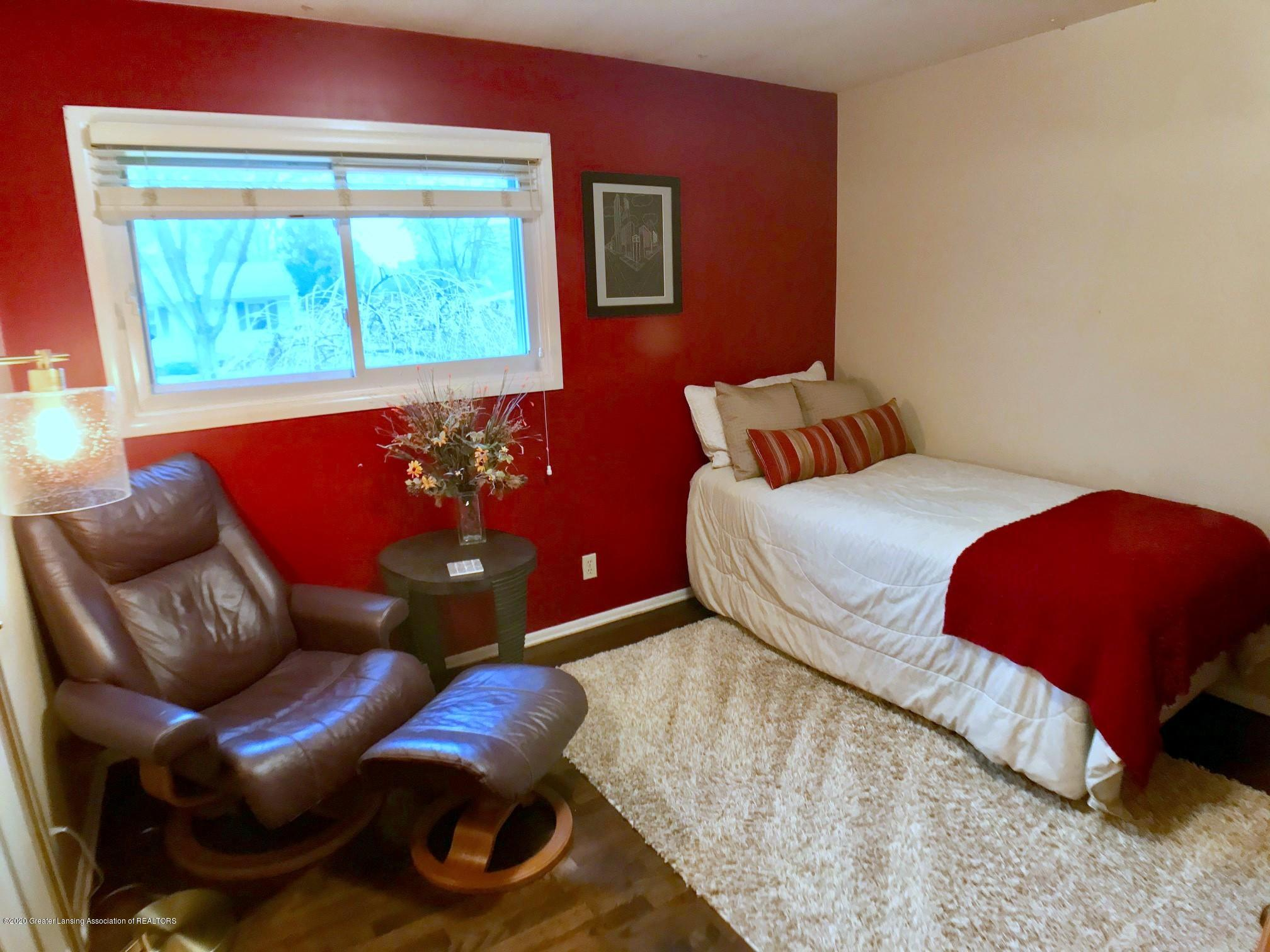 1017 Delridge Rd - 3rd bedroom - 22