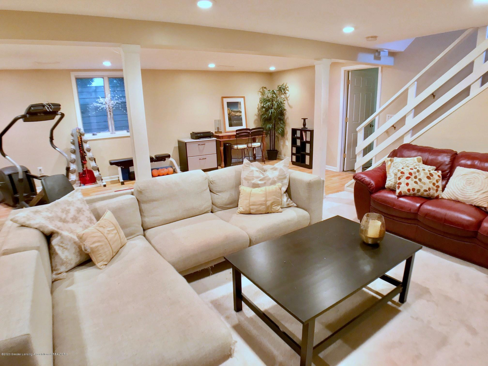 1017 Delridge Rd - lower level family room - 14