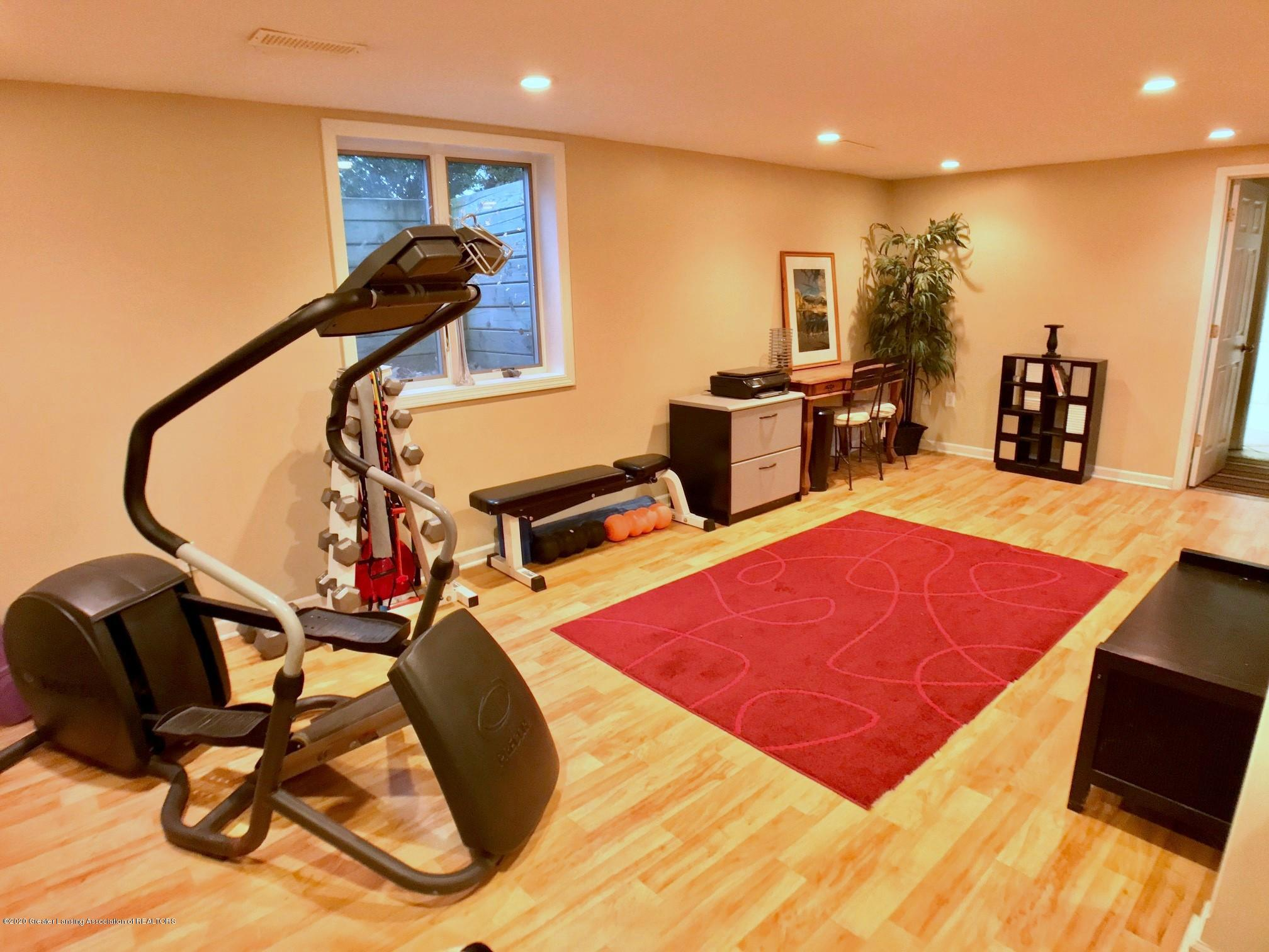 1017 Delridge Rd - exercise area - 16