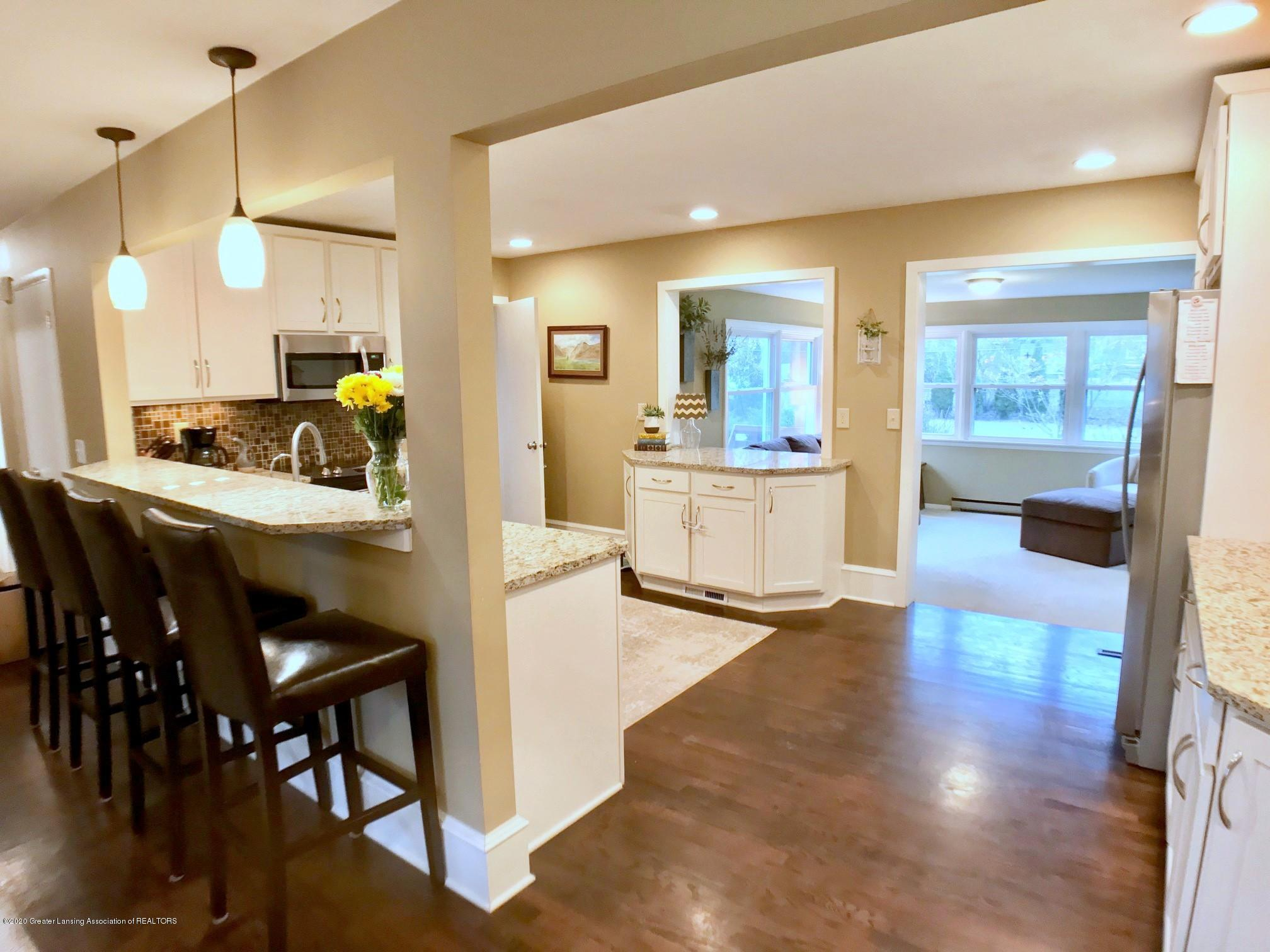 1017 Delridge Rd - remodeled kitchen - 8