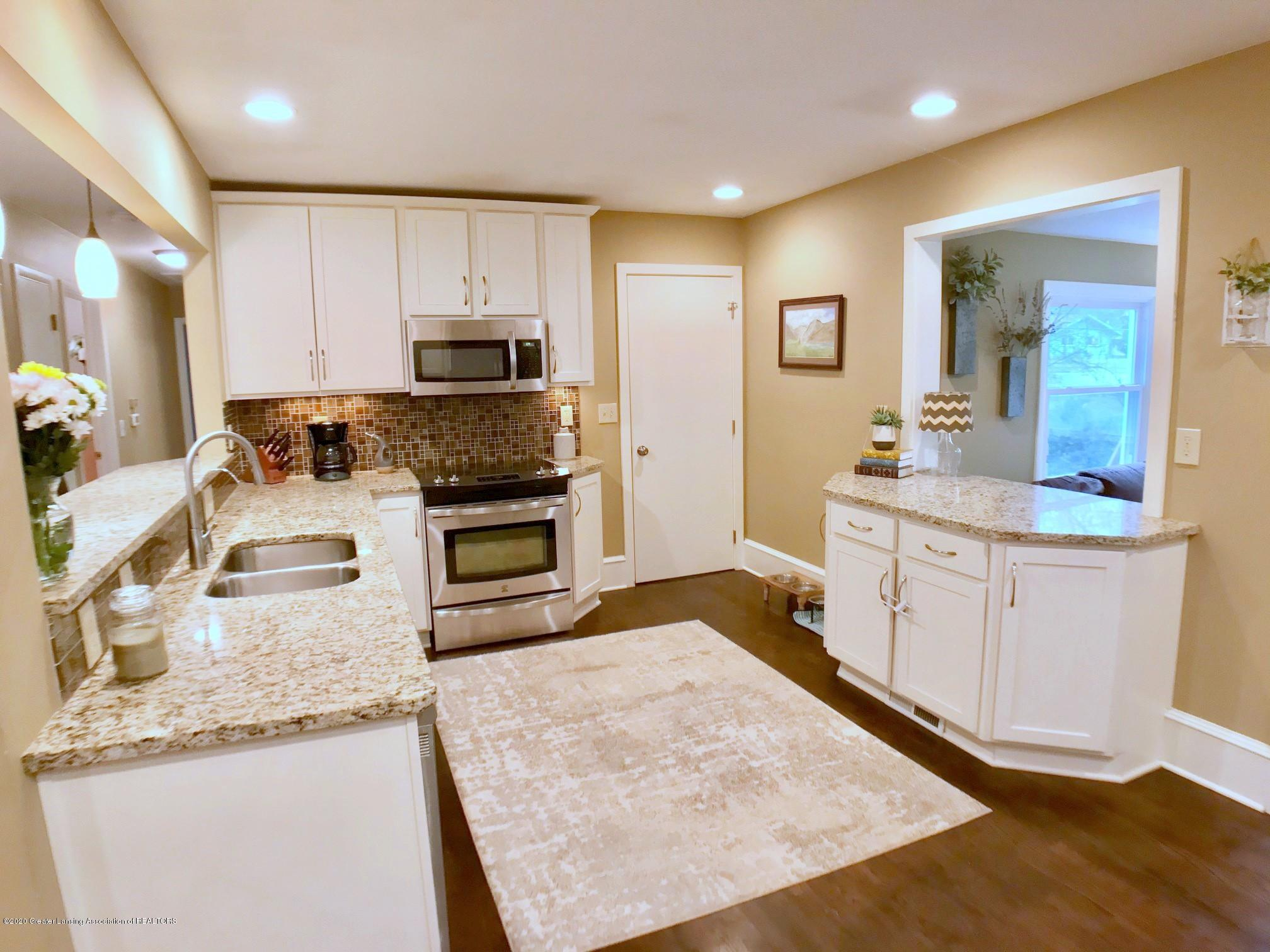 1017 Delridge Rd - kitchen - 9