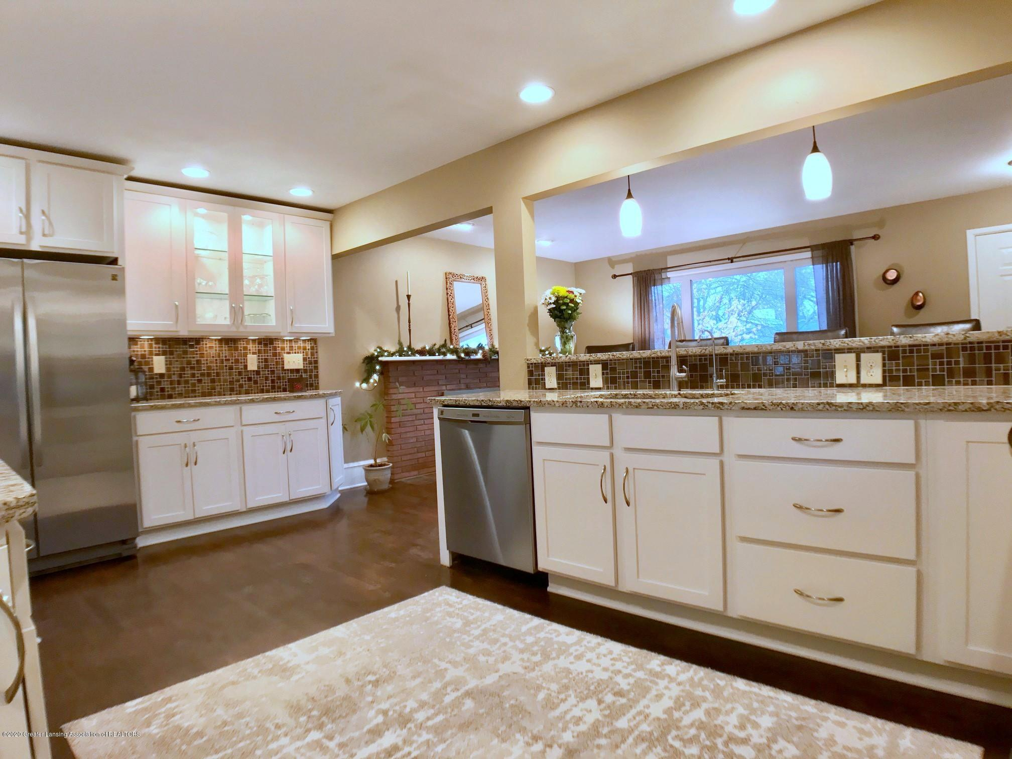 1017 Delridge Rd - kitchen - 11