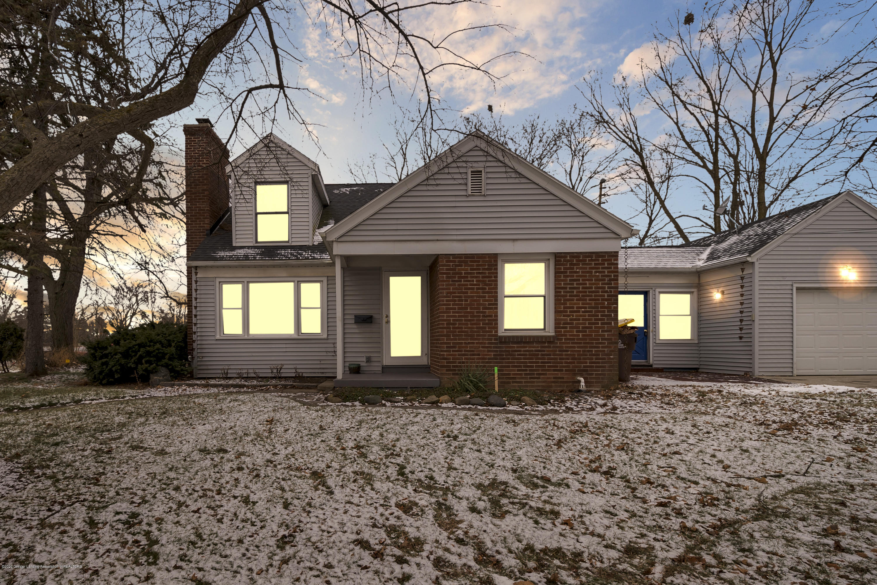 3510 W Saginaw St - 3510-W-Saginaw-Lansing-WindowStill-Real- - 1