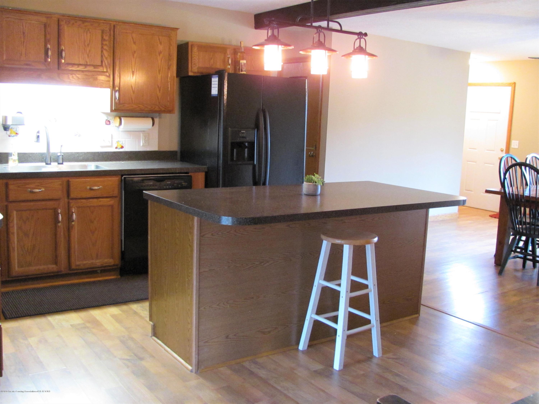 3643 E Vermontville Hwy - Kitchen - 19