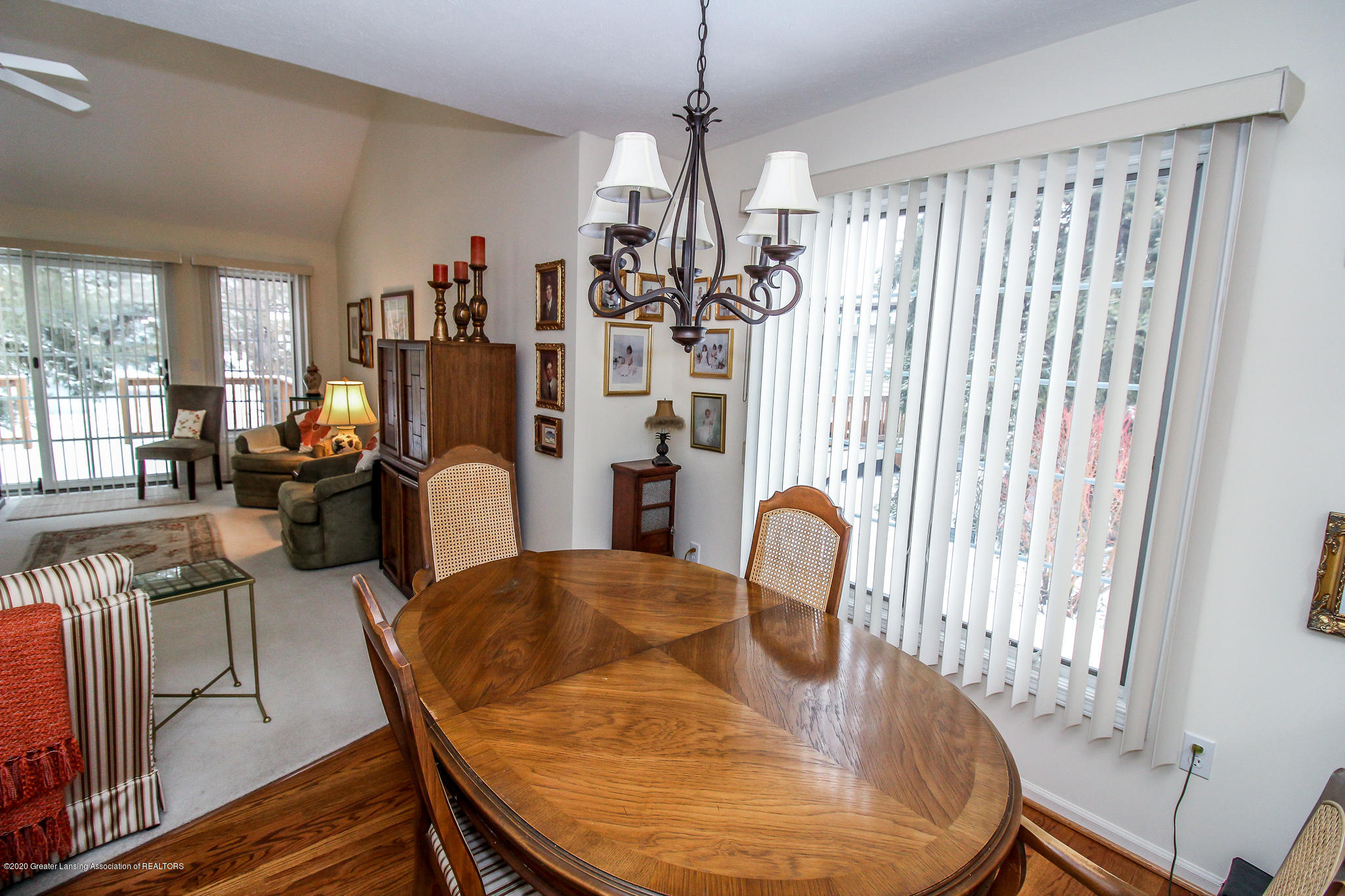516 Cherbourg Dr - Dining open to Living Room - 11