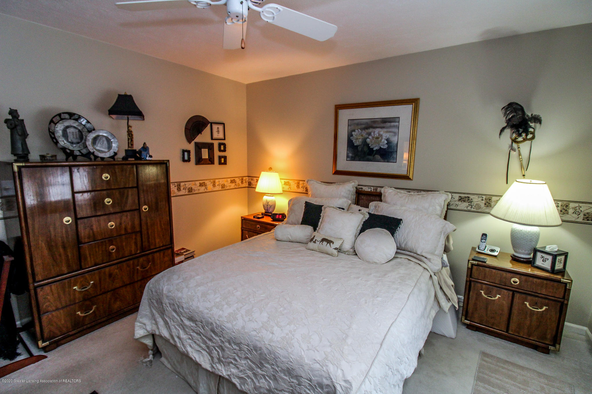 516 Cherbourg Dr - Master Bedroom - 17
