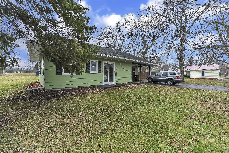904 E Cass St - 904-East-Cass-St-WindowStill-Real-Estate - 4