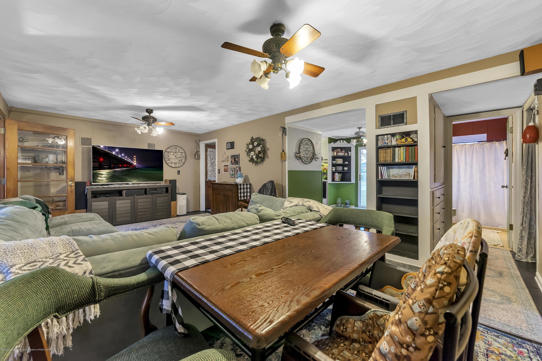 904 E Cass St - 904-East-Cass-St-WindowStill-Real-Estate - 16