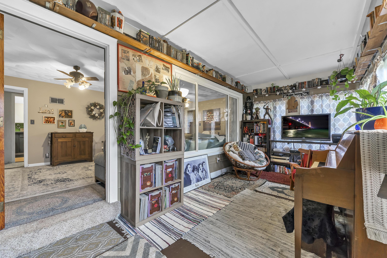 904 E Cass St - 904-East-Cass-St-WindowStill-Real-Estate - 17