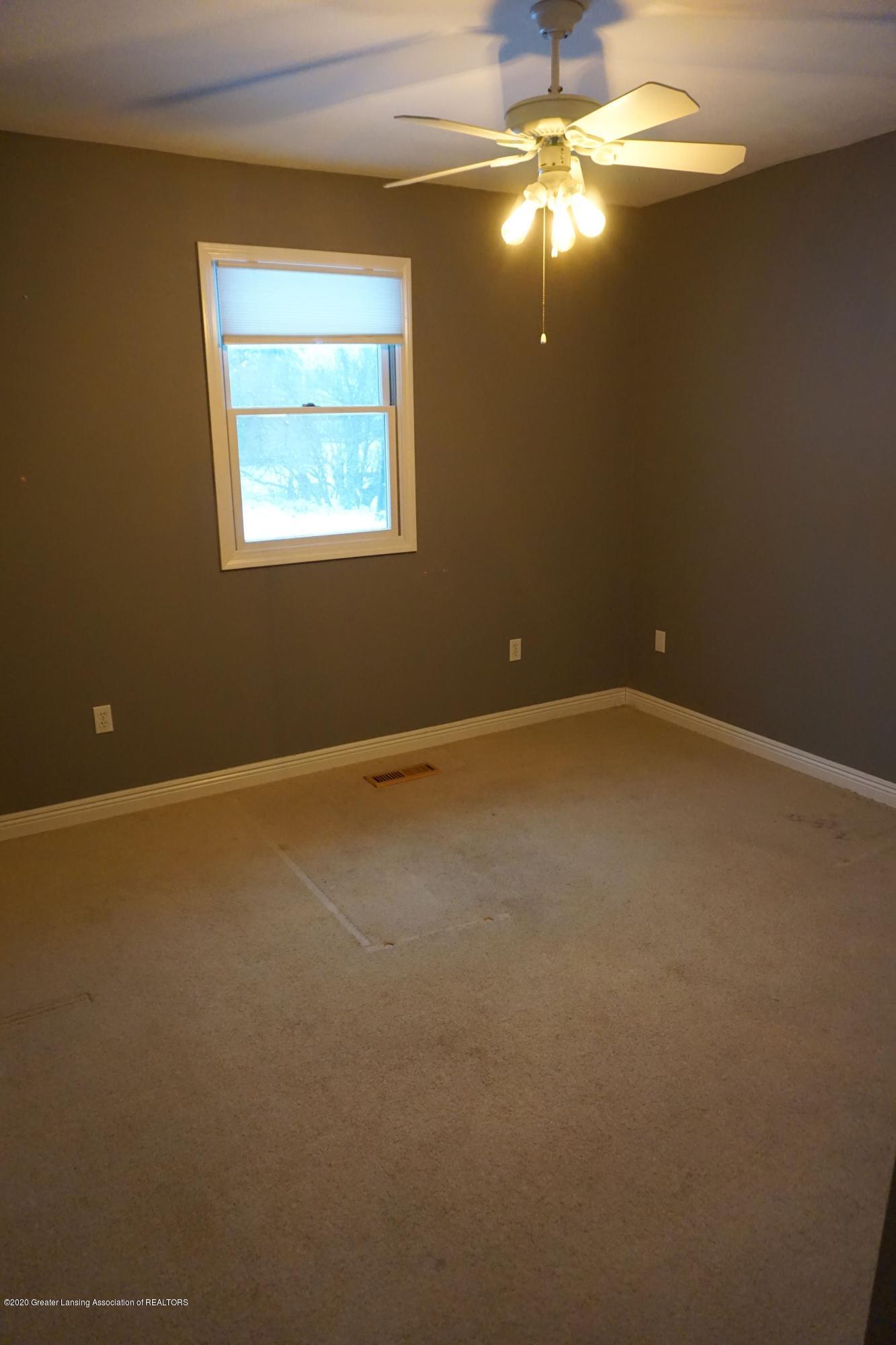 11867 Old Woodbury Rd - Bedroom 3 - 21