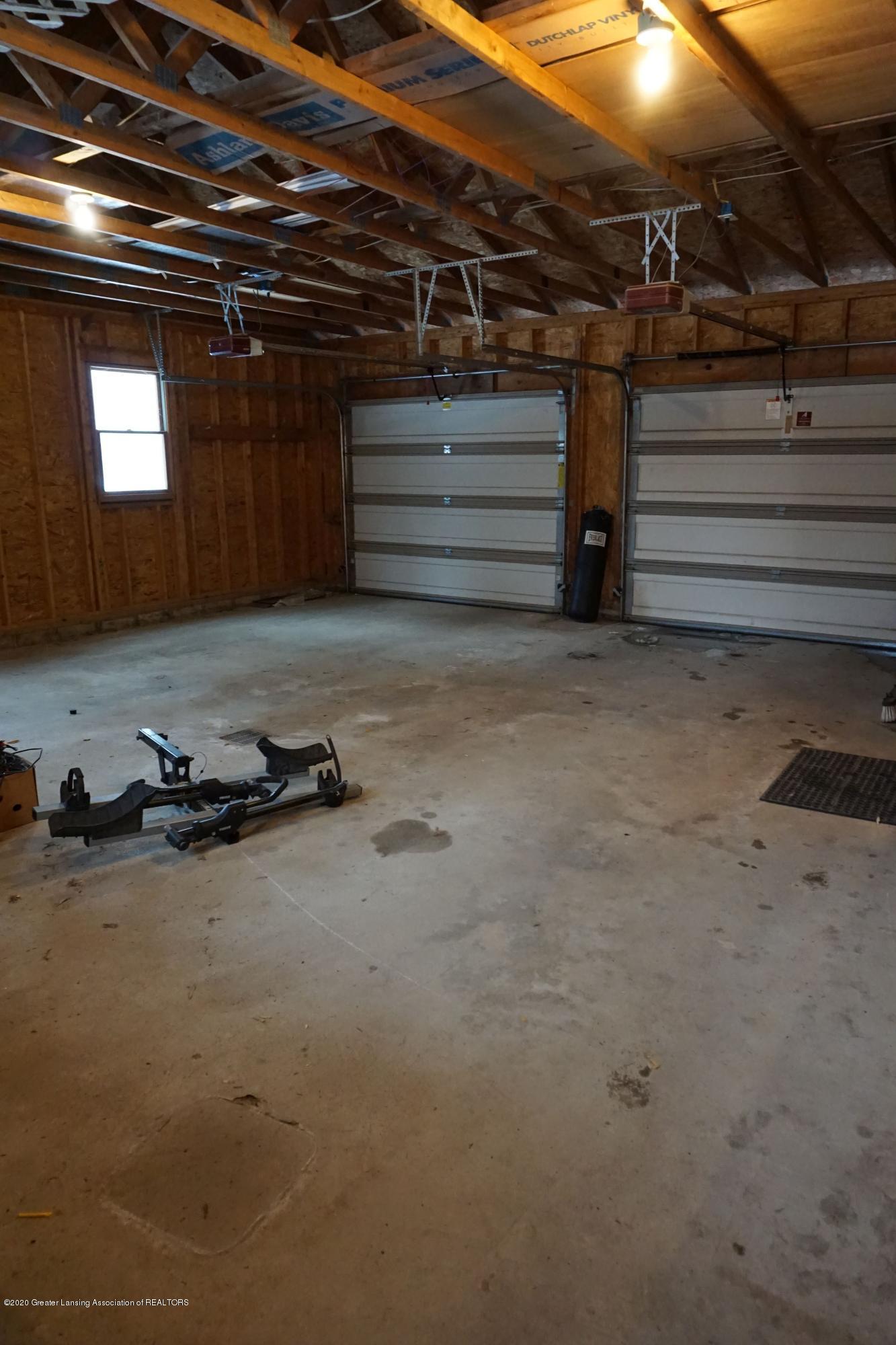11867 Old Woodbury Rd - Garage - 24
