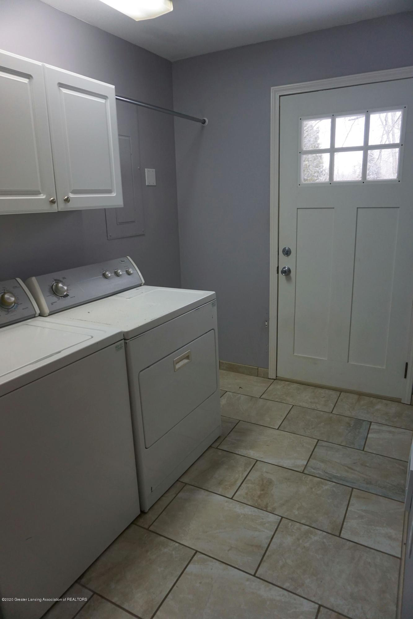 11867 Old Woodbury Rd - Laundry Room - 16