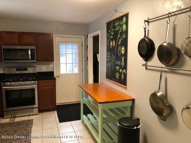 2697 Linden St - Kitchen - 9