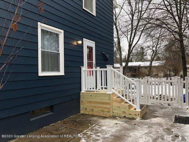 2697 Linden St - Side Entry - 5