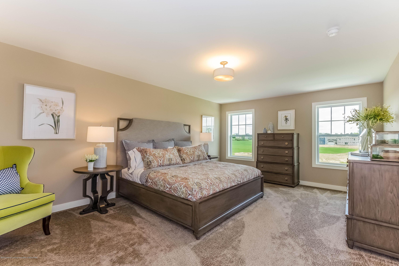 5344 Somerset Dr - Master Bedroom OGM064-E2390-1 - 11
