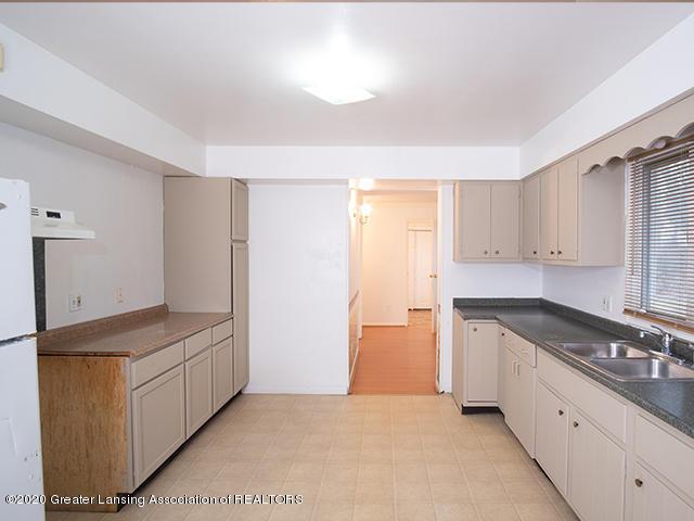 540 N Hagadorn Rd - Kitchen_1 - 4