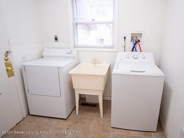 540 N Hagadorn Rd - Laundry_Room - 27