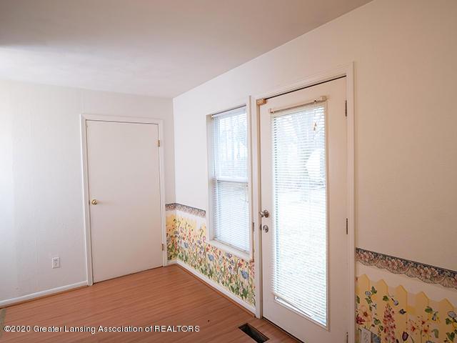 540 N Hagadorn Rd - Hall_and_Backdoor - 35