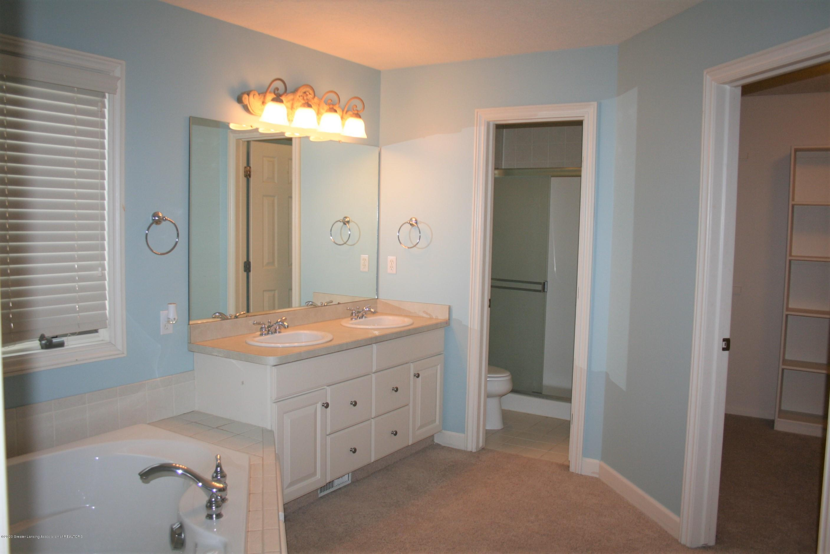 13295 Speckledwood Dr - Master bathroom  & walk-in closet - 9