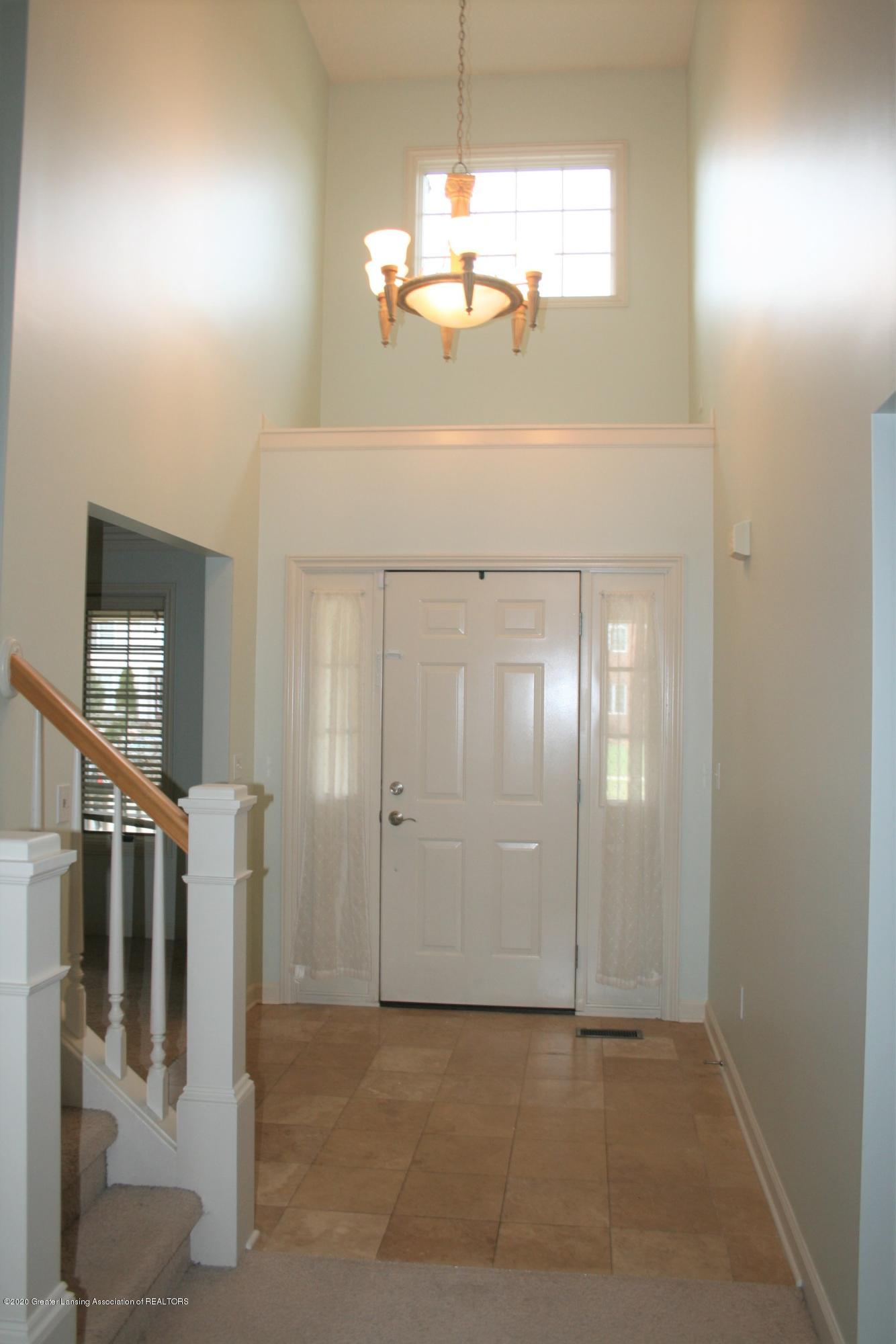 13295 Speckledwood Dr - Foyer - 2