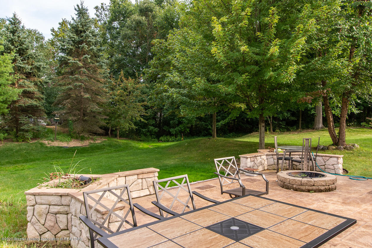 13295 Speckledwood Dr - Patio & yard - 18