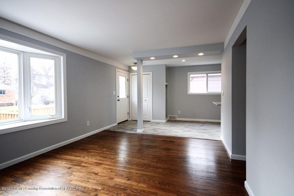 109 Bauman Ave - Living Room - 4
