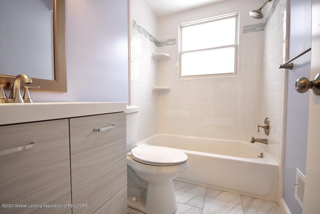 109 Bauman Ave - Bathroom - 8