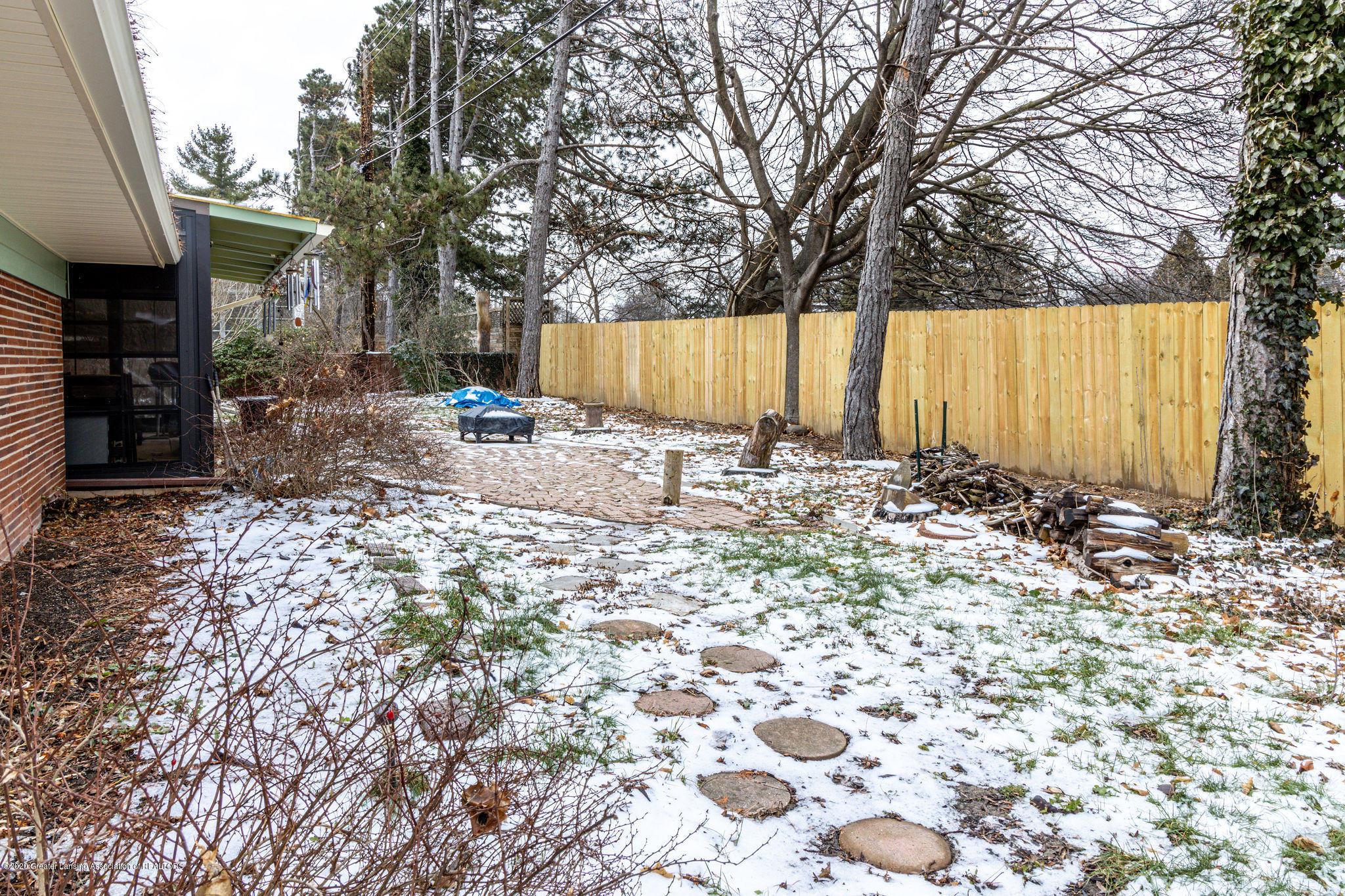 945 Audubon Rd - back yard new fence - 3