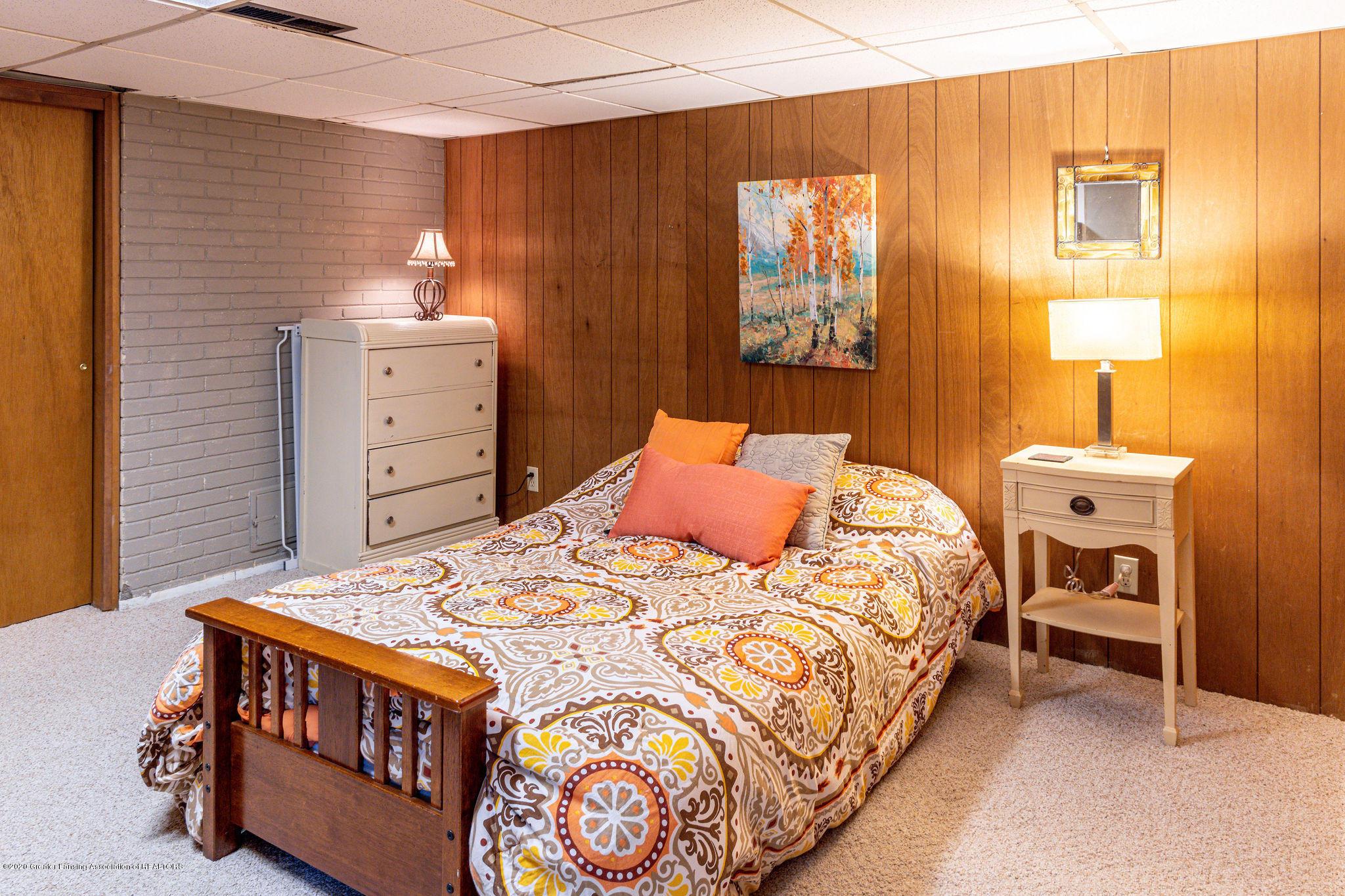 945 Audubon Rd - lower level bedroom - 15